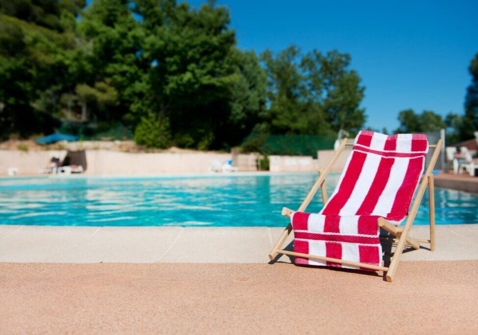 a chair on the pool